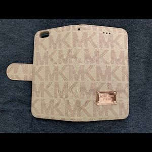 Michael Kors Accessories - Michael Kor's iPhone 6s Plus Phone/Wallet Cover